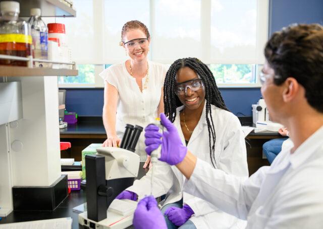 Biochemistry & Molecular Biology Lab