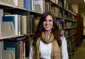 HPU Senior Receives Literary League Scholarship