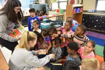HPU Students Deliver Nearly 1,000 Books to Local Schools