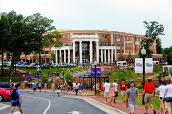 Hundreds Head to HPU for BigSURS Conference