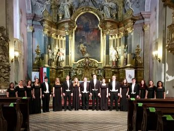 European Tour: HPU Chamber Singers Perform in Centuries-Old Venues During Study Abroad Experience