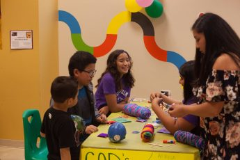 HPU Students Help Community Celebrate Children's Day