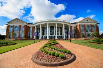 Growing Graduate Programs Bring New Students to Campus
