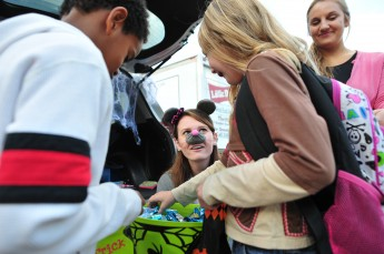 Board of Stewards Holds Trunk-or-Treat Event for West End Ministries