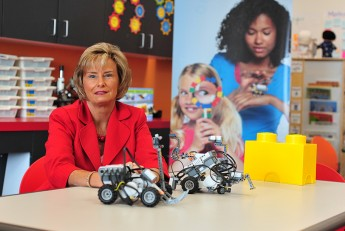 Education Professor and LEGO® Offer Professional Learning Showcases for Teachers
