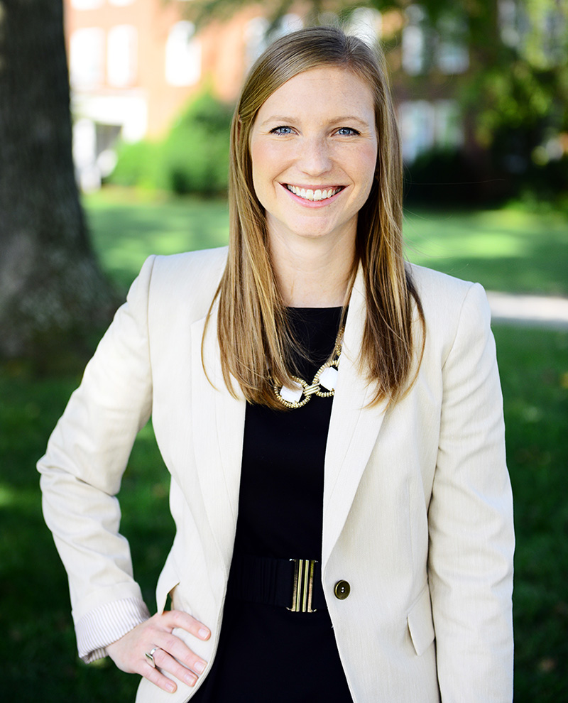 a life and career of elizabeth Elizabeth white completed paralegal program, as paralegal white worked in civil  litigation.