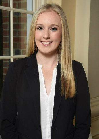 Internship Profile: Emily Segalla Grows Her Business Knowledge at Gallagher