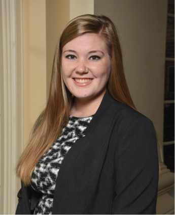 Internship Profile: Raegan Thomas Assists Expecting Families