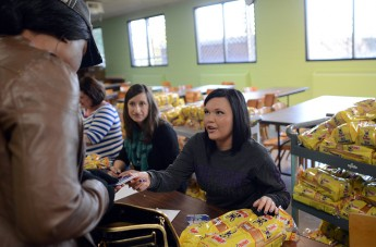 HPU Unites with Faith Community to Feed 835 Families
