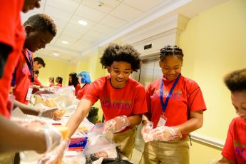 Youth Leadership Academy Helps Teens Connect with Community Resources, Service Opportunities