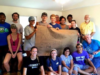 Students Spend Fall Break Giving Back