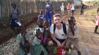 Students Spend Spring Break Giving Back Around the World