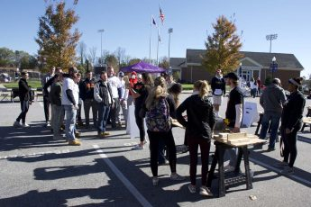 Students Build Beds for Veterans