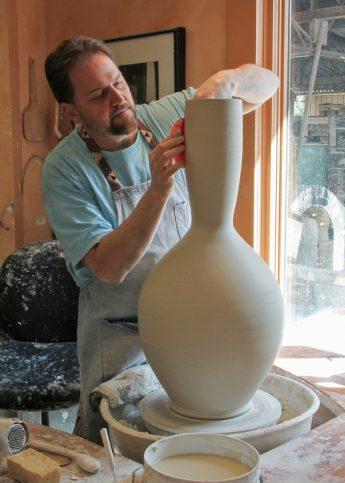 HPU Welcomes Ben Owen III As Artist in Residence