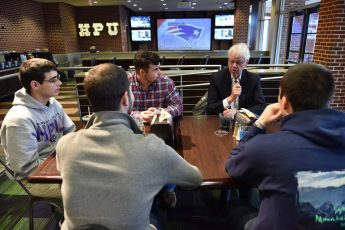 The Boston Globe's Bob Ryan Visits HPU to Mentor Students