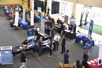 HPU Students Network at Career and Internship Expo