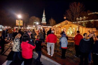 HPU Welcomes Neighbors and Friends for the 7th Annual Community Christmas Celebration