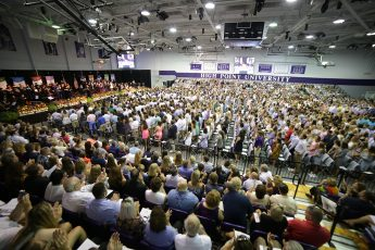 HPU Convocation and Traditions Welcome the Class of 2021