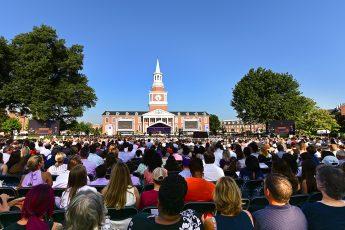 HPU Convocation and Traditions Welcome the Class of 2023