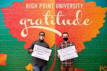 HPU Students Participate in Gratitude Week