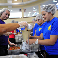High Point University Meal Packing
