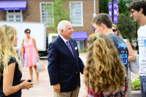 HPU Move In Day 2014 3