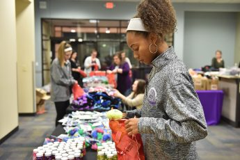 HPU Students Fill Hundreds of Christmas Stockings for Local Children