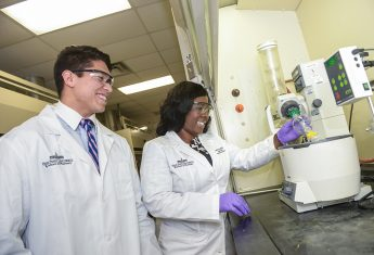 HPU Welcomes Inaugural Pharmacy Class, 1,500 New Students and 48 New Faculty