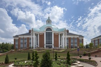 HPU to Welcome a Record 5,400 Students
