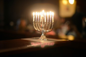 Students Observe Hanukkah with Dinners, Cultural Presentations