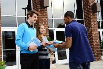 Students Dive Into Civic Engagement This Election Season