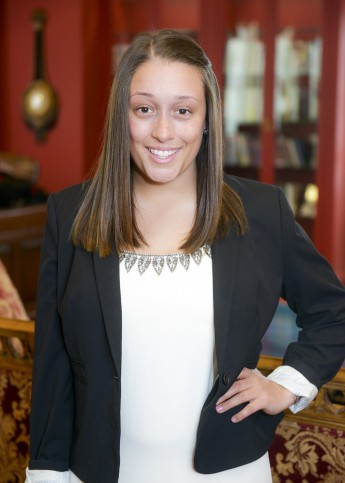 Class of 2016 Profile: Jennifer Silva Secures Staffing Position
