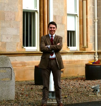 Junior Embarks on Internship to Northern Ireland for U.S. Consulate General