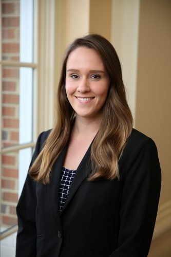 Class of 2017 Profile: Lauren Kelly Begins Accounting Career at Ernst & Young