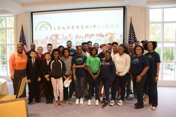 HPU Partners with Leadership LINKS, Inc. with Event to Prepare Students for College