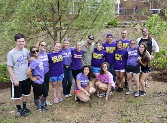 HPU Students, Country Music Star Lee Brice Focus on Outdoor Preservation
