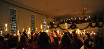 HPU Hosts 'Lessons and Carols' Candlelight Service