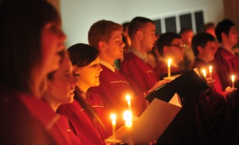 HPU Invites Community to Annual 'Lessons and Carols' Candlelight Service
