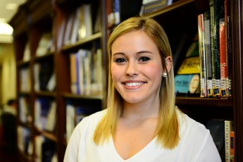Senior Receives Stipend for Summer Journalism Internship