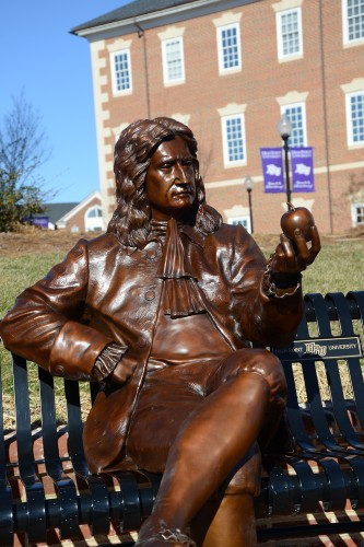 HPU Adds Two Historical Sculptures to Campus