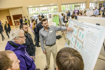 HPU Brings in 800 Visitors for Statewide Undergraduate Research Symposium