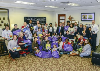 School of Communication Provides Christmas for Seven Families