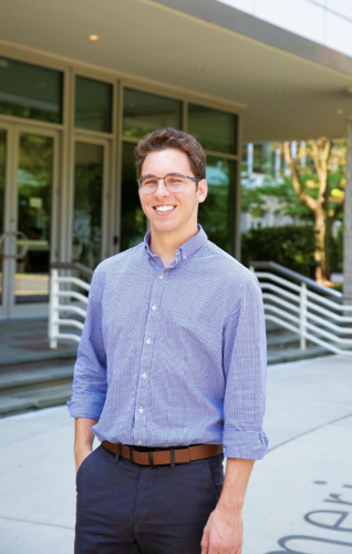 Internship Profile: Michael Welter Applies Major at the Society of Physics Students