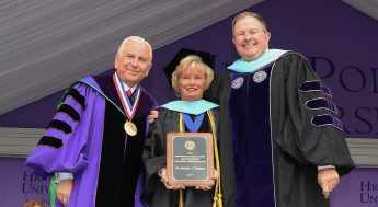 Shirley Disseler Receives Slane Distinguished Teaching-Service Award