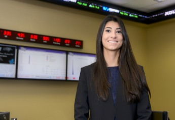 Class of 2016 Profile: Stephanie Bellisario Secures Position with Lincoln Financial