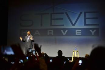 Steve Harvey Hosts Local Edition of 'Ask Steve'