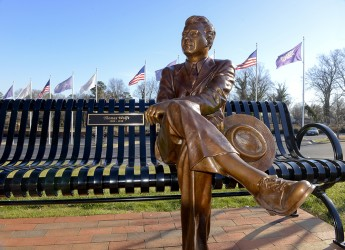 HPU Adds New Historical Sculpture to Campus