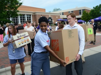 HPU Kicks Off United Way Postal Food Drive