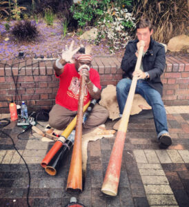 Wade Rothrock HPU Study Abroad Australia Didgeridoo