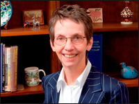HPU Professor Presents Global Workplace Research